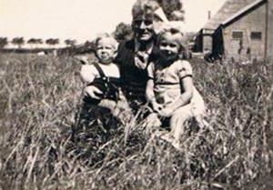 A11- Klaas Wijn met zijn kinderen