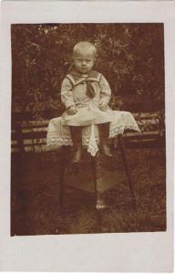 ABV Alie Visser als kind (1918)