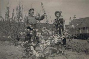 Gré Naberman-Visser en Aly Tuinman-Visser