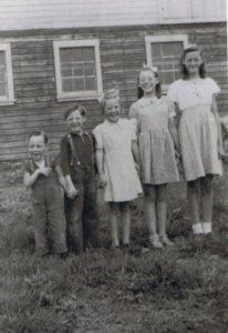 Meyles. Willem, Arnold, Jean, Betty en Tina Meyles Canada kinderen van Klaas Meyles en Geertje Bouma