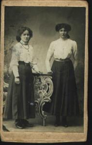 Geertruida 18 en Marie 28 jaar