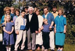 Winkel familiereunie 1985. kinderen Visser met aanhang