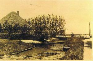 huis P Blom, met brug