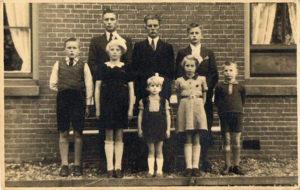 kinderen van Lou Visser en Anna Jansen (Dijkstaal)